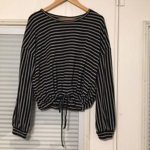 Forever 21 Contemporary stripped crop top sweater